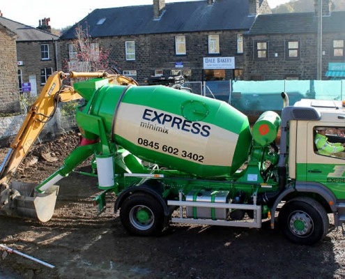 Express Minimix Delivering Ready Mixed Concrete